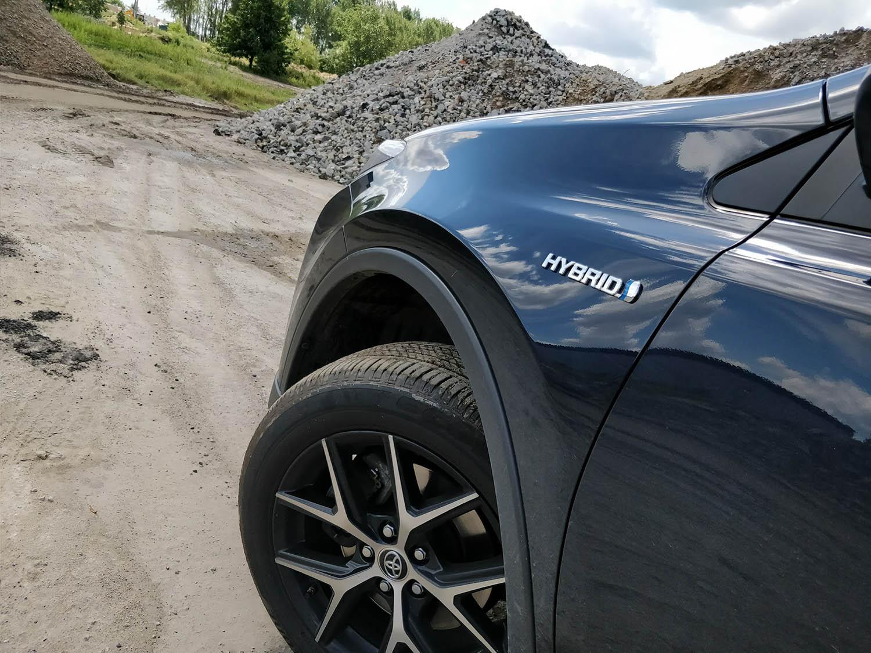 Toyotą Rav4 - zdjęcie 3