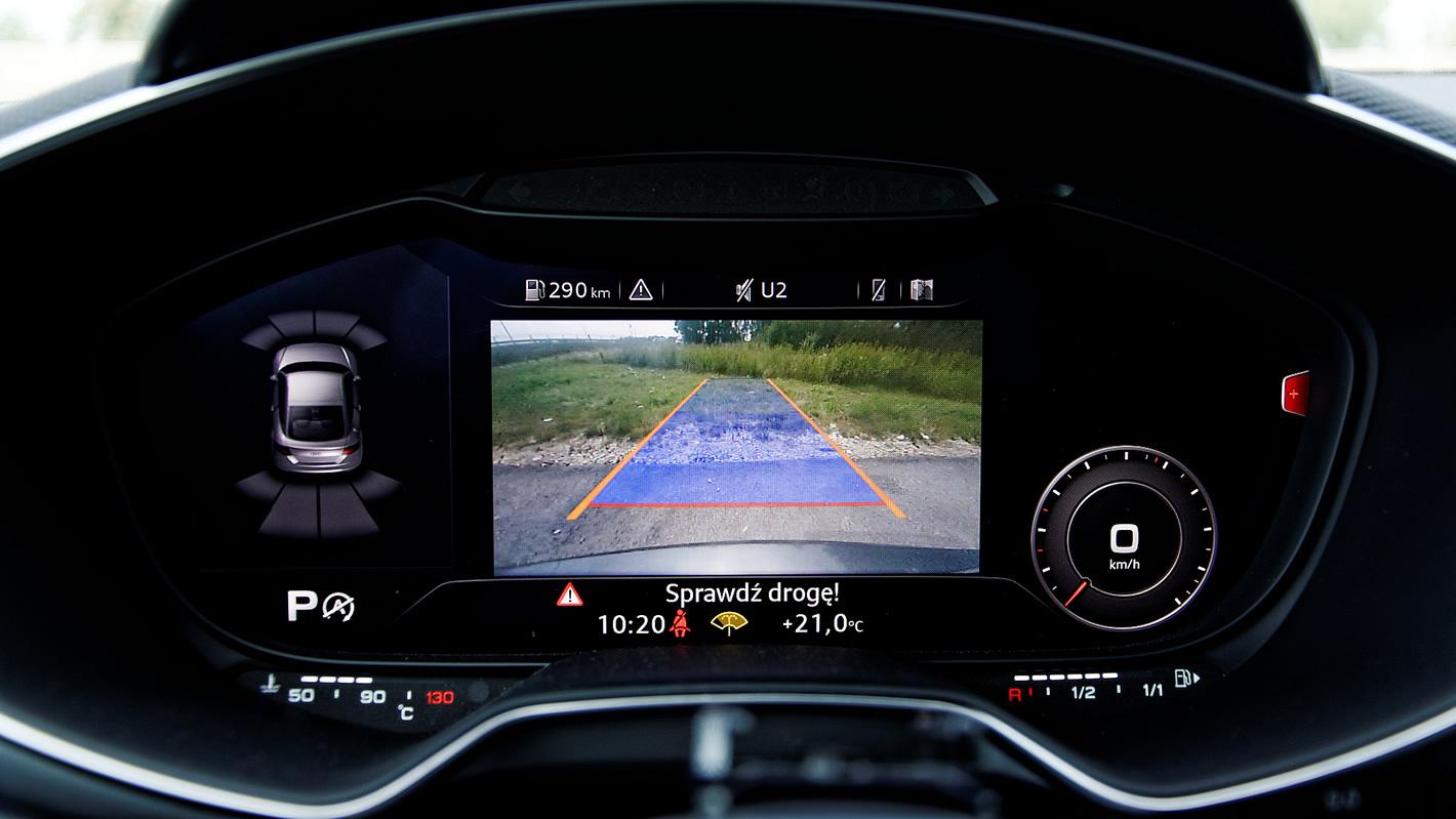 Kamera cofania w Audi TT RS