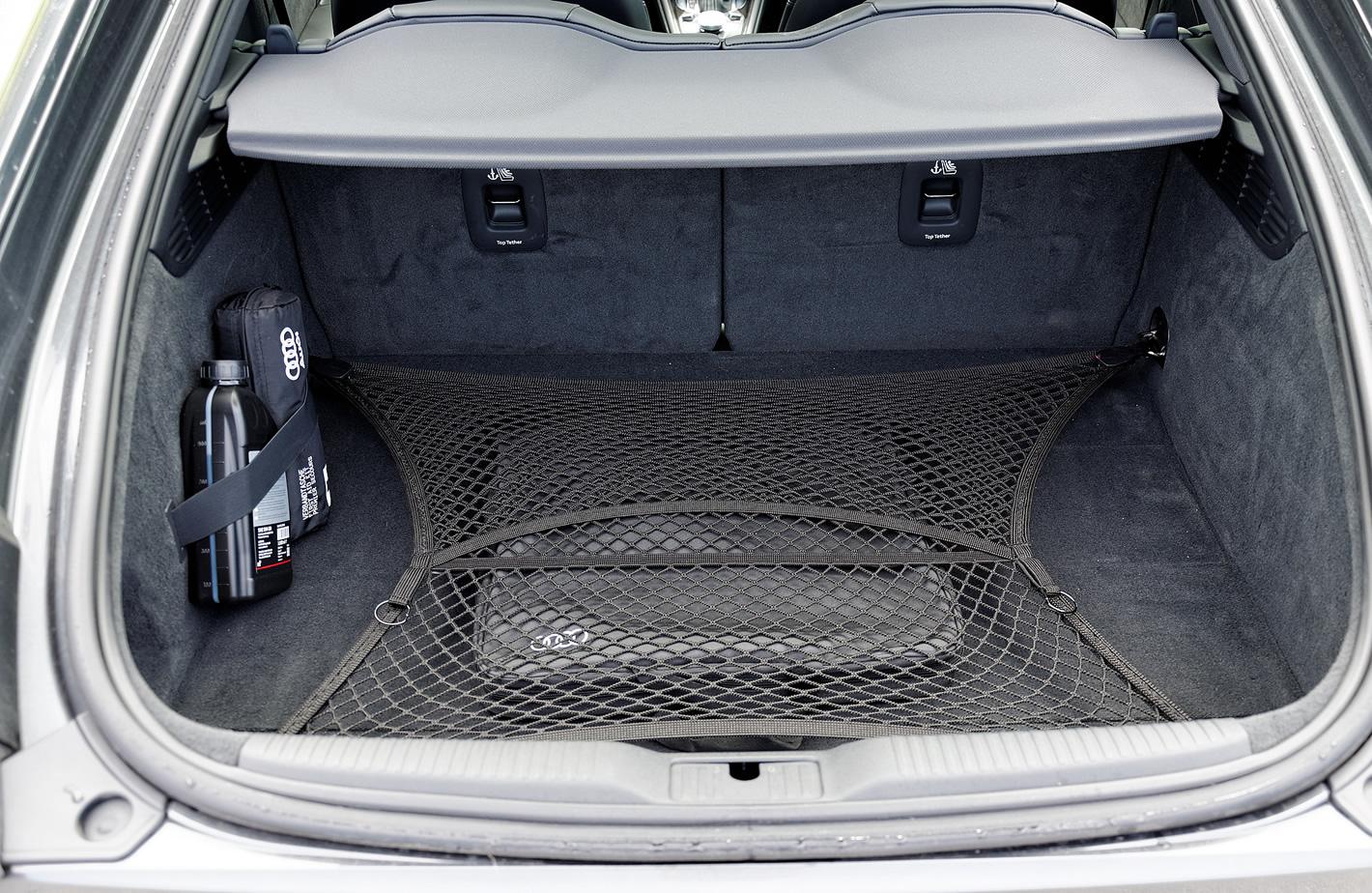Bagażnik w Audi TT RS