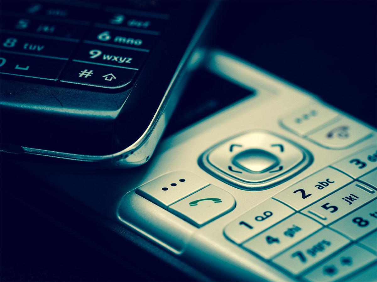 telefony komórkowe z klawiaturą