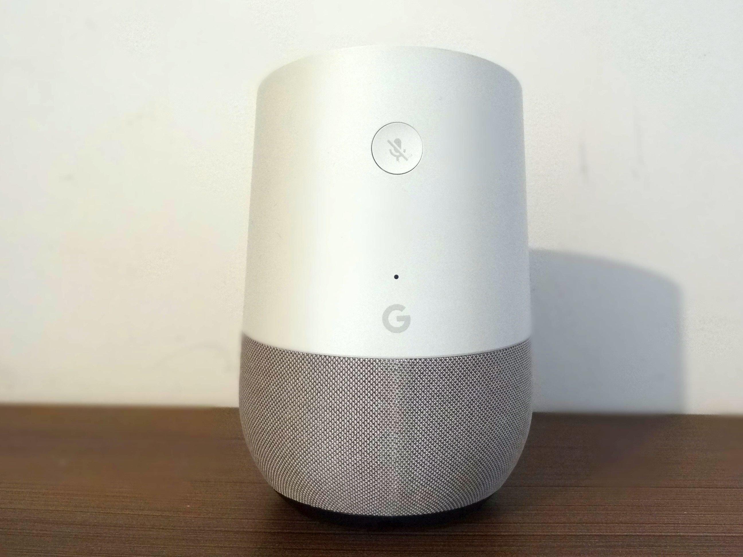 Google Home - inteligentny głośnik Google