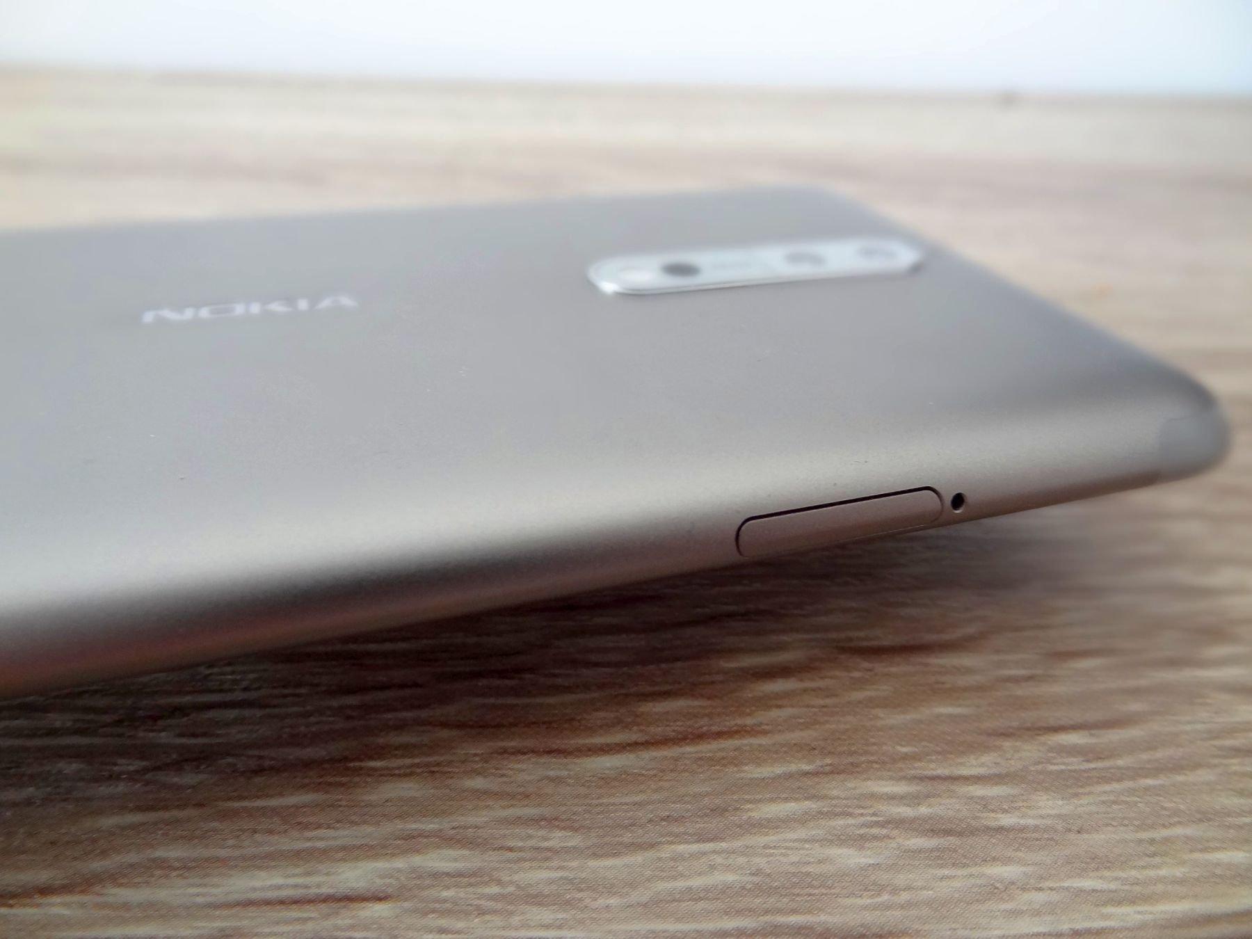 Nokia 8 - wykonanie smartfonu