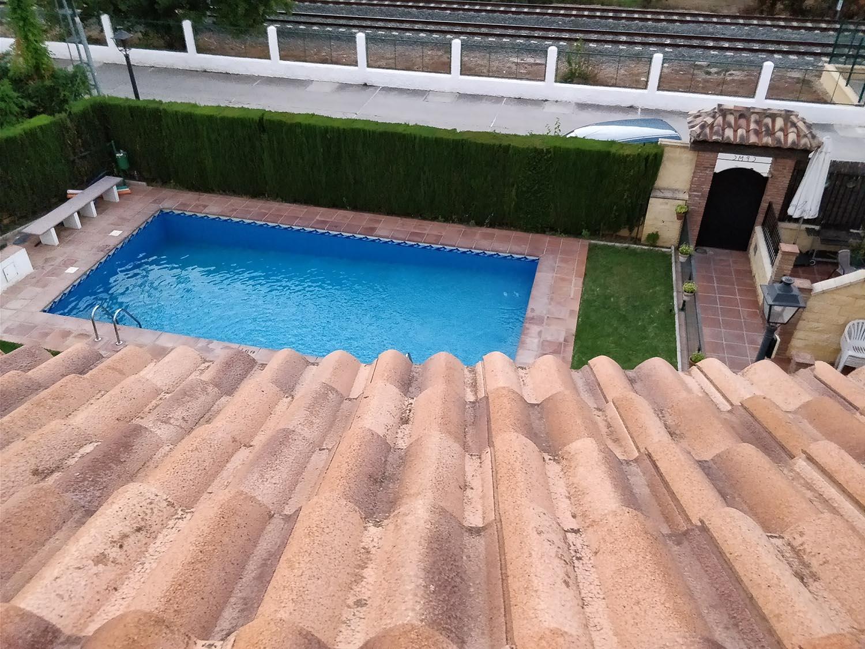 basen przy domu - airbnb
