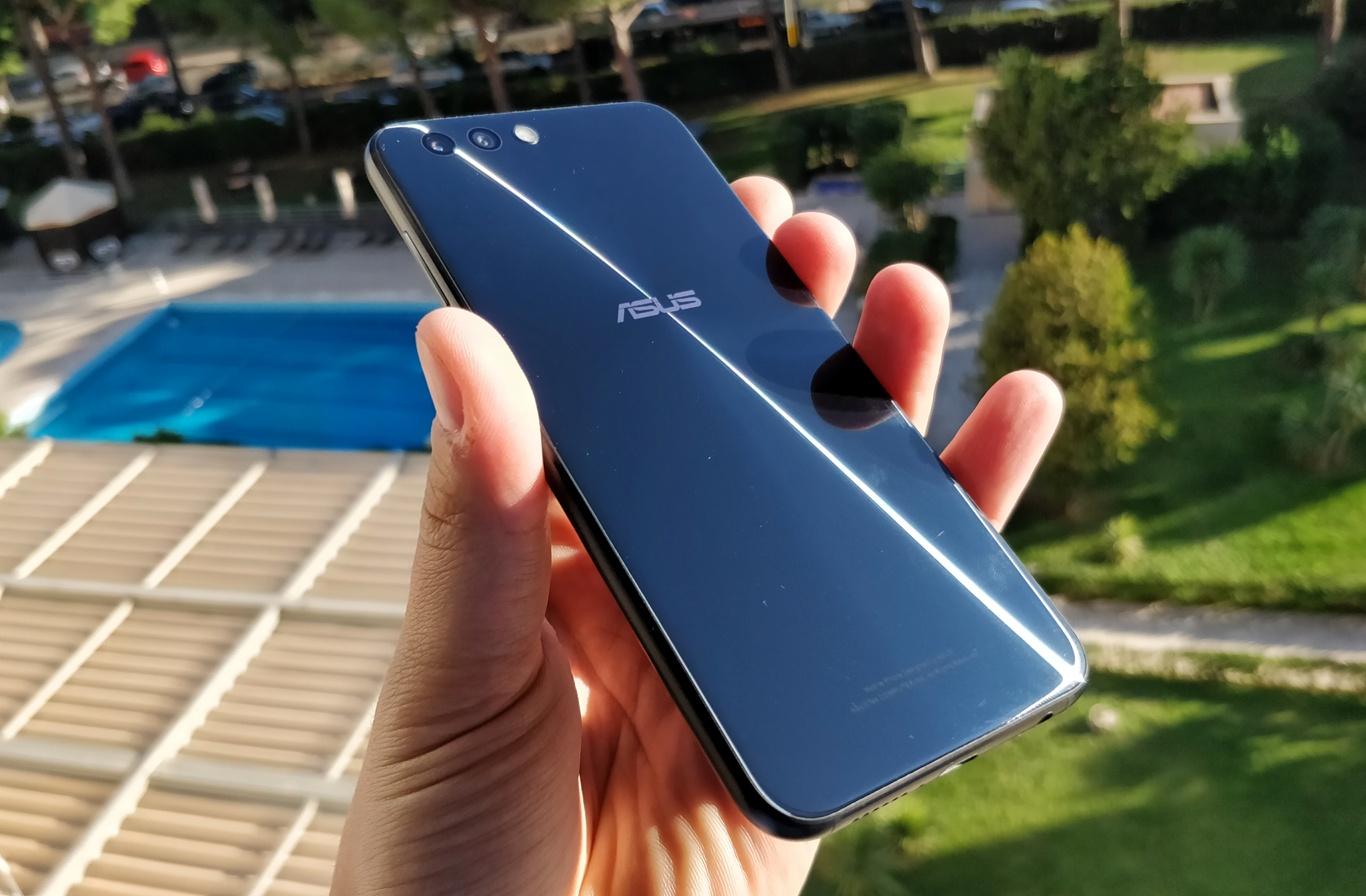 Asus Zenfone 4 - zdjęcie 6