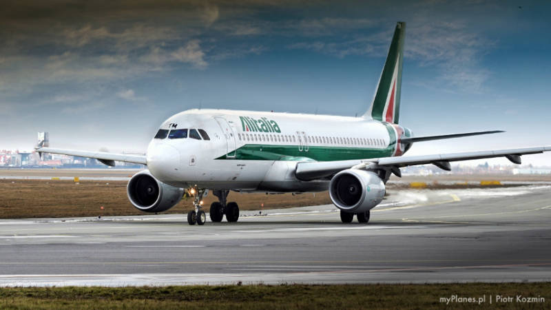 włoski samolot alitalia
