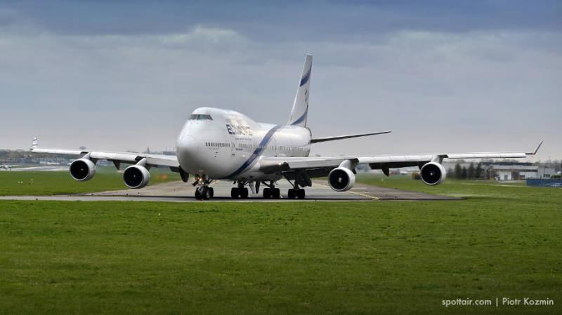 samolot cywilny - zdjęcie 1