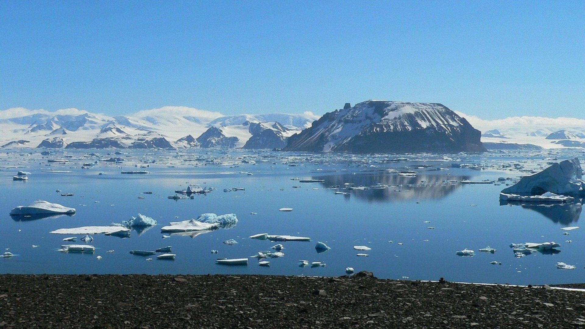 topnienie lodu na Antarktydzie - krajobraz