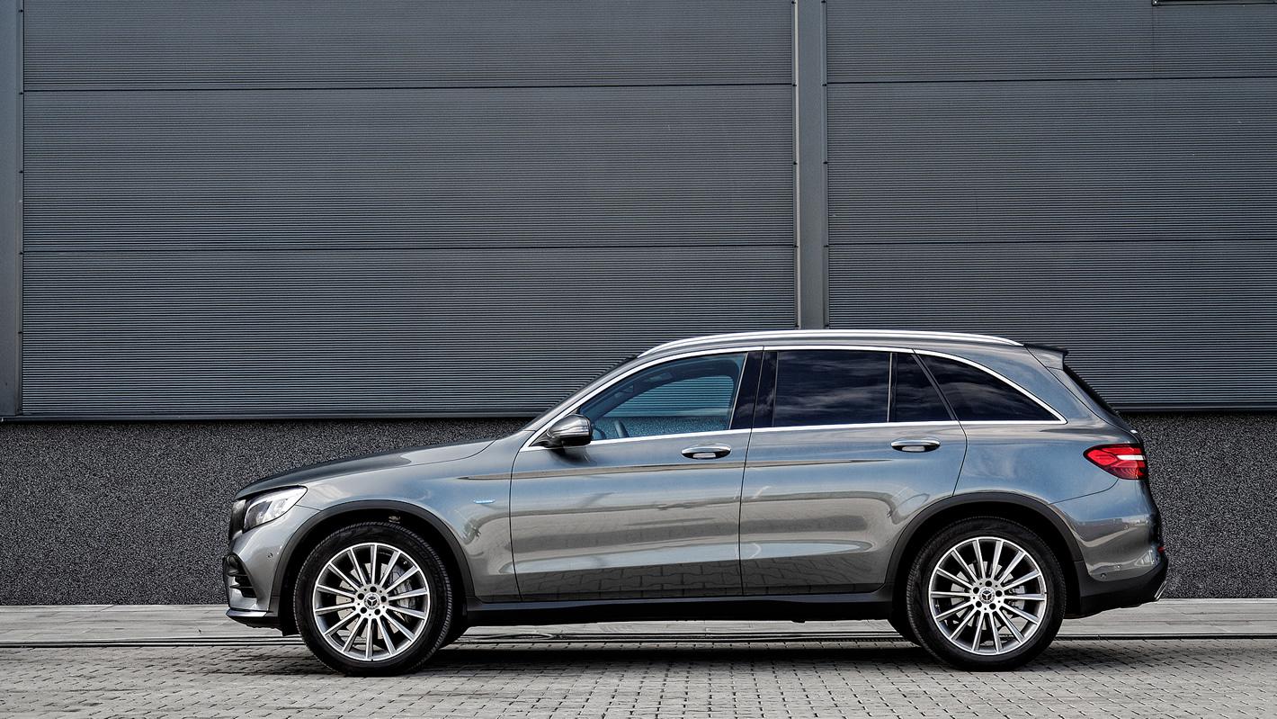 Mercedes-Benz GLC 350 e 4Matic - zdjęcie 1