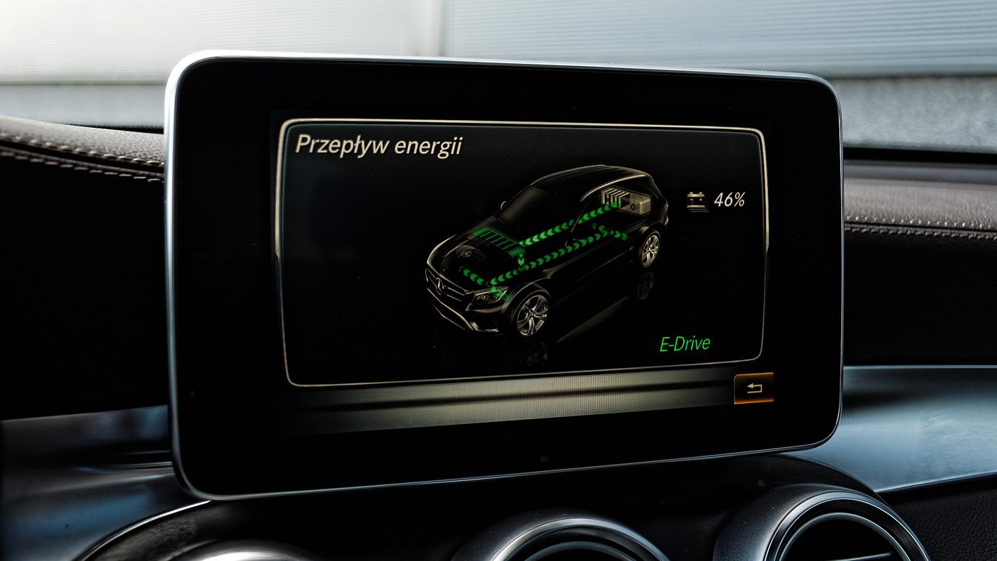 Przepływ energii w Mercedes-Benz GLC 350 e 4Matic