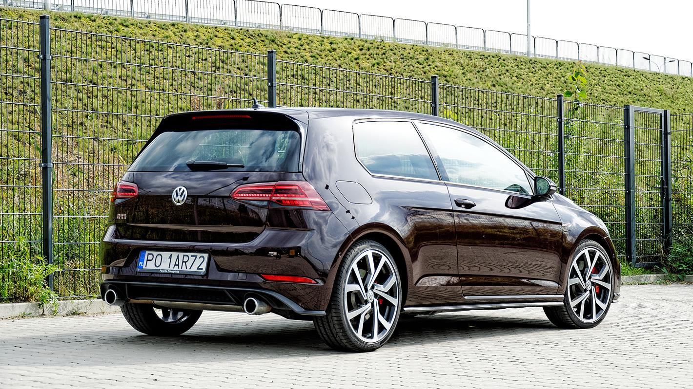 Volkswagen Golf GTI Performance z silnikiem 2.0 TSI o mocy 245 KM