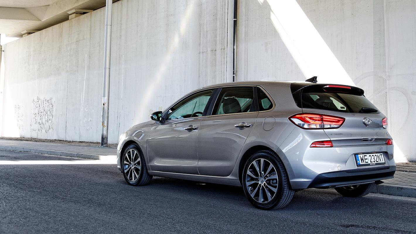 Hyundai i30 - klasyczne linie nadwozia