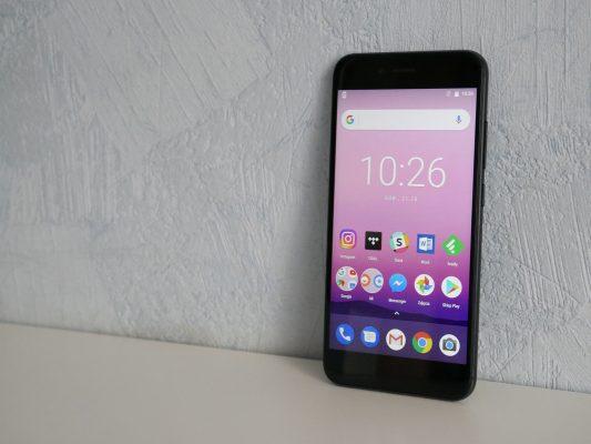Jeden z dwóch przedstawicieli serii Android One dostępnych w sprzedaży krajowej - Xiaomi Mi A1