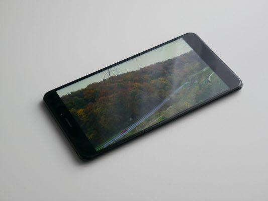 Xiaomi Mi Max 2 - wyświetlacz pod kątem
