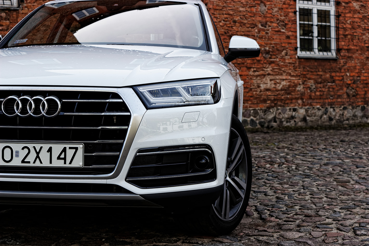 Audi Q5 - radar w rogu zderzaka