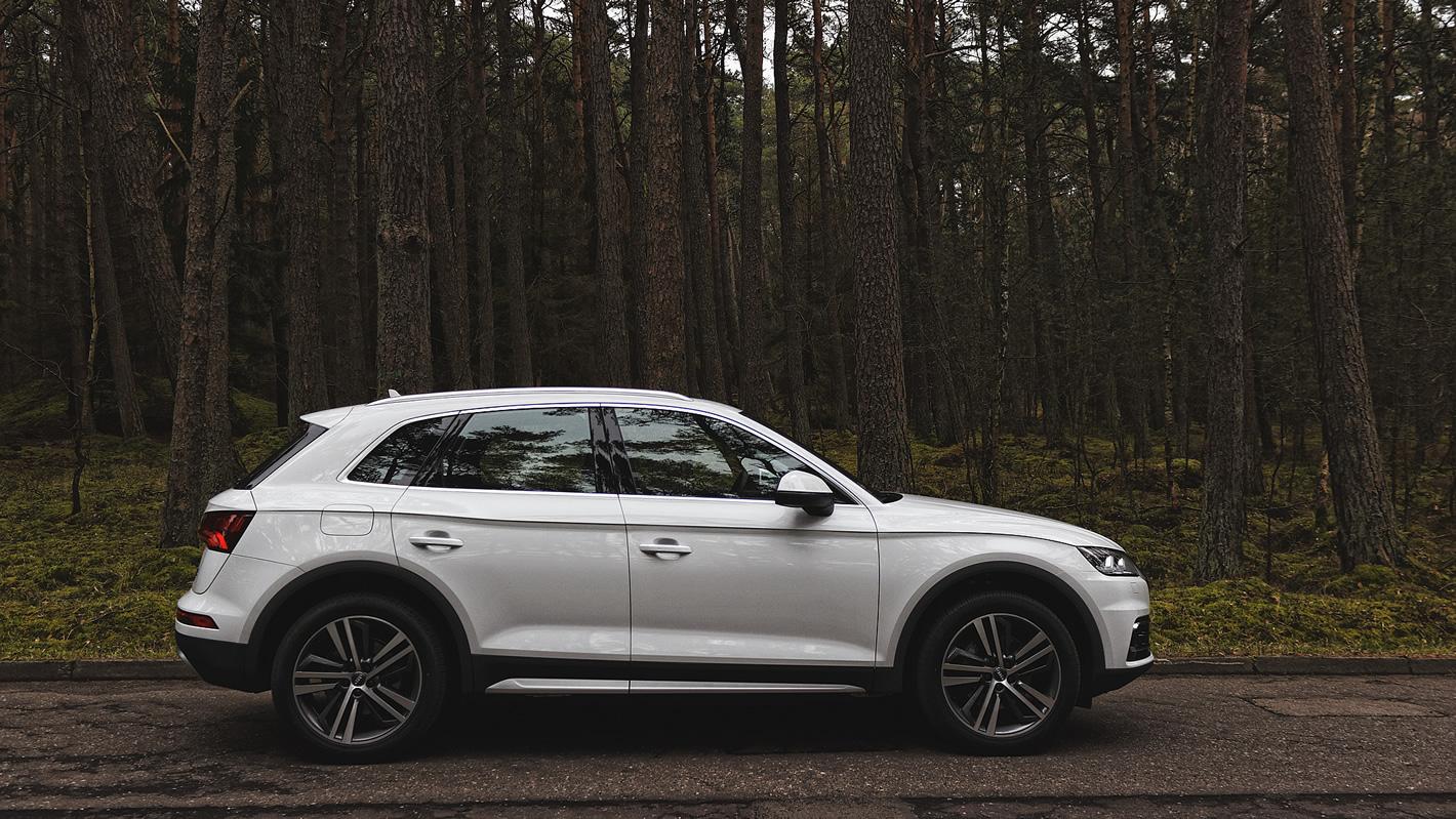 Audi Q5 - stylistyka z boku