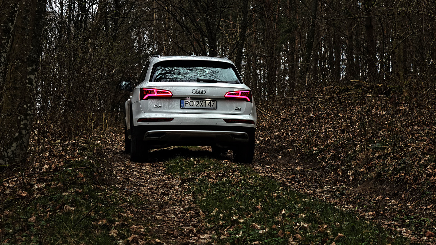 Audi Q5 - rylne reflektory w technice LED