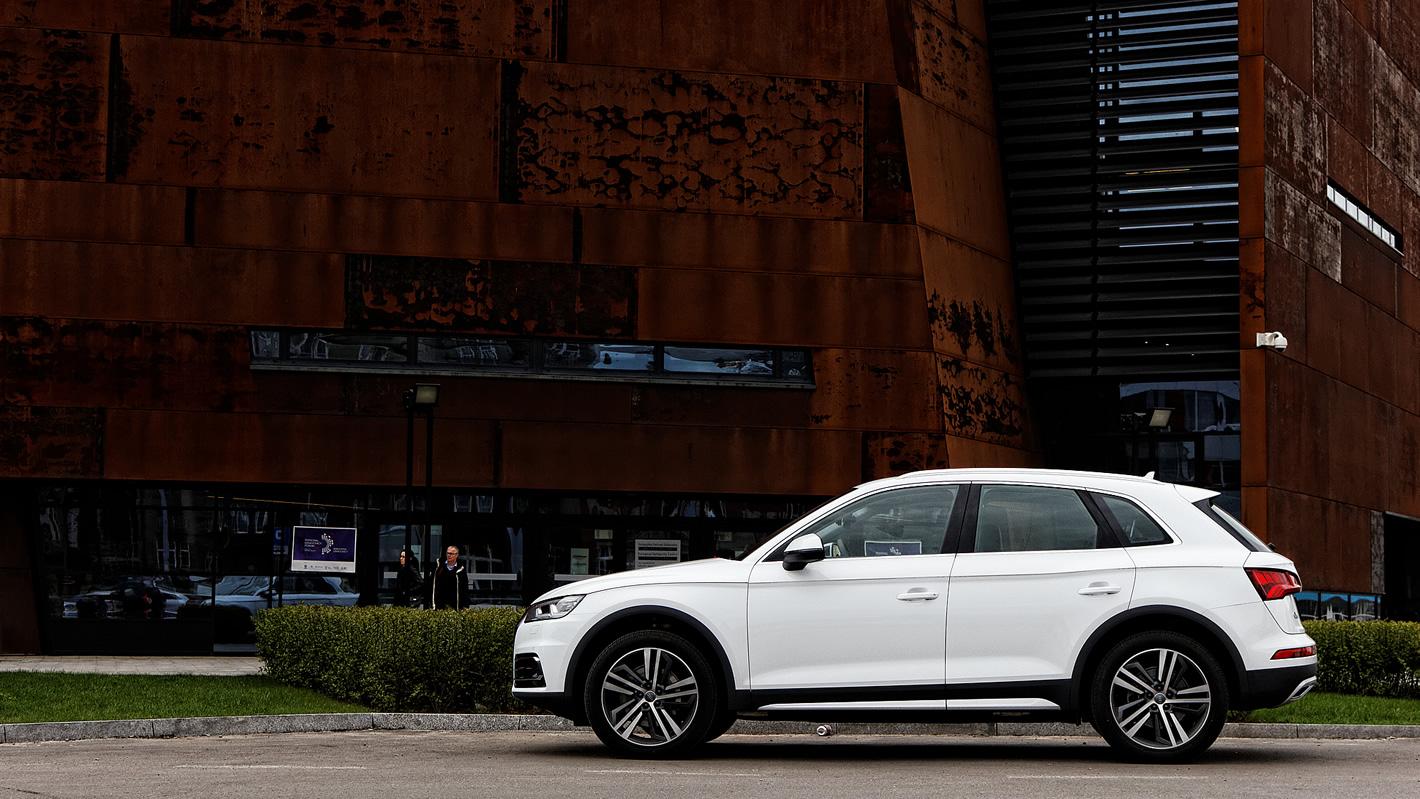 Audi Q5 z zaawansowanymi systemami bezpieczeństwa
