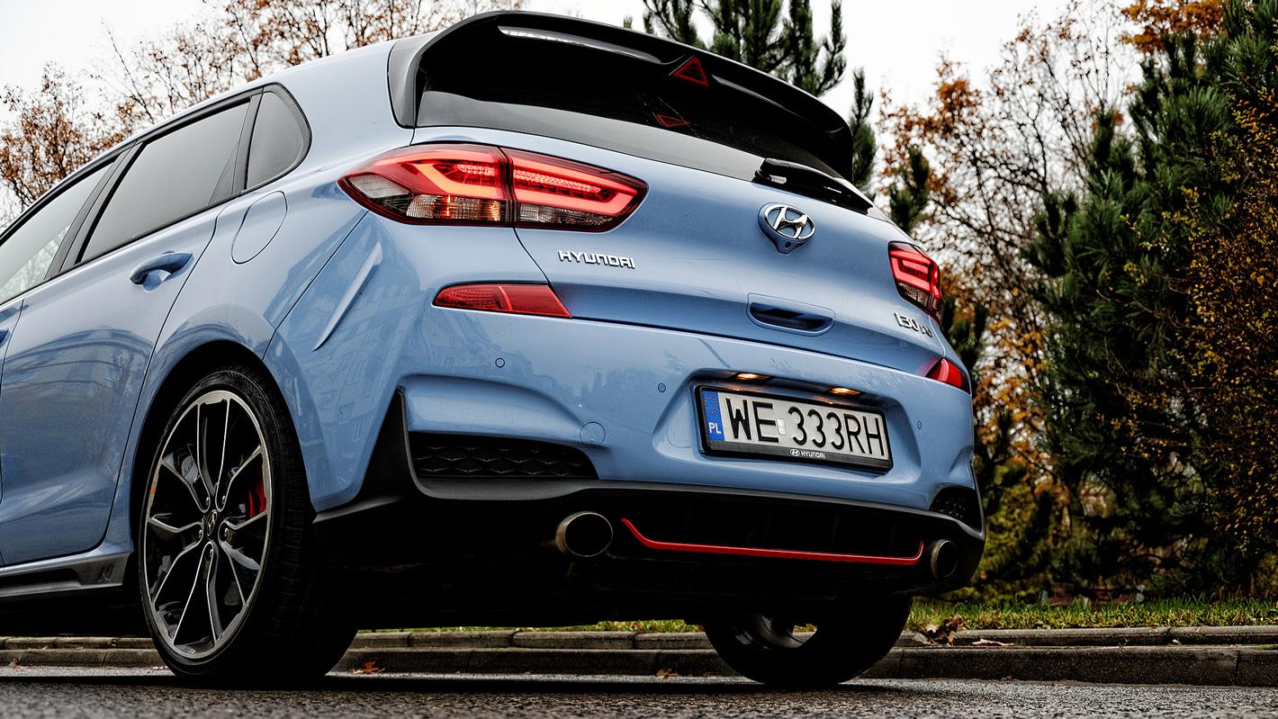 Hyundai i30 N Performance - podwójny układ wydechowy