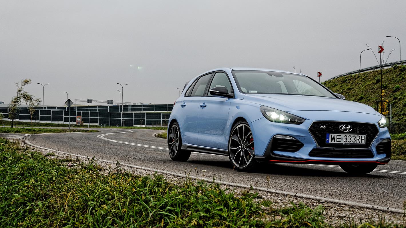 Hyundai i30 N Performance szybko pokonuje zakręty