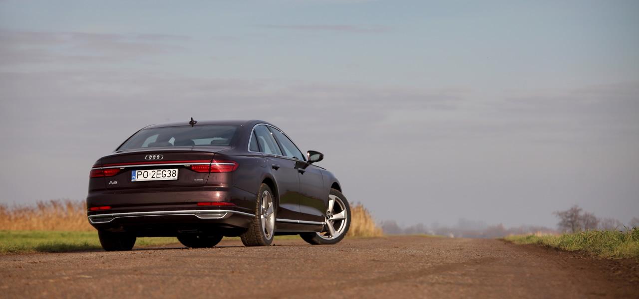 Stały napęd quattro w każdym Audi A8