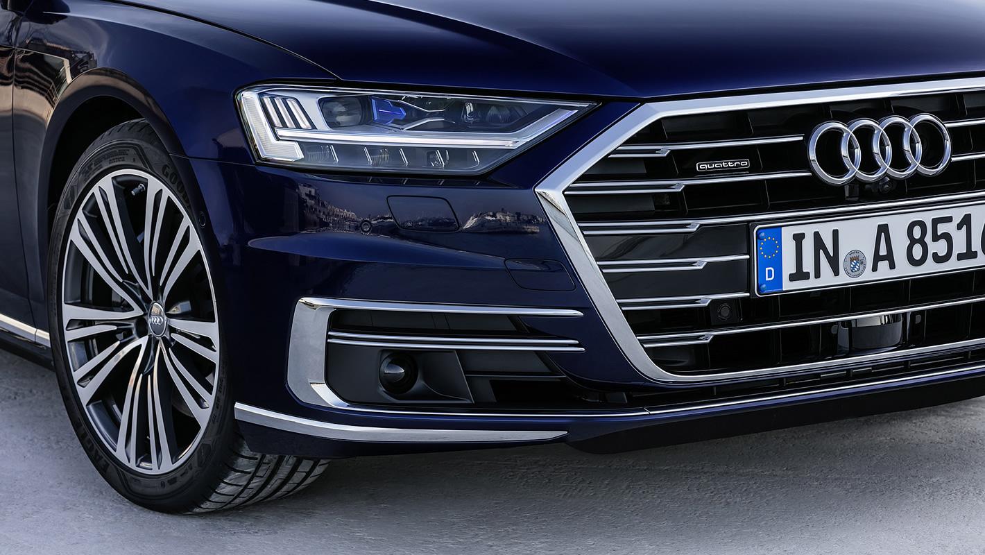 Radar laserowy pod tablicą rejestracyjną nowego Audi A8