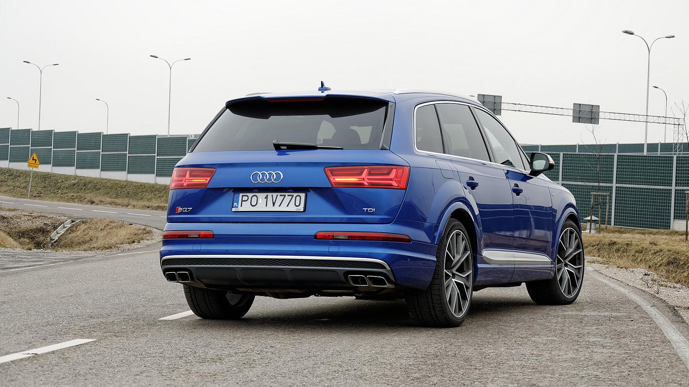 Audi SQ7 TDI - sportowe ustawienie zawieszenia