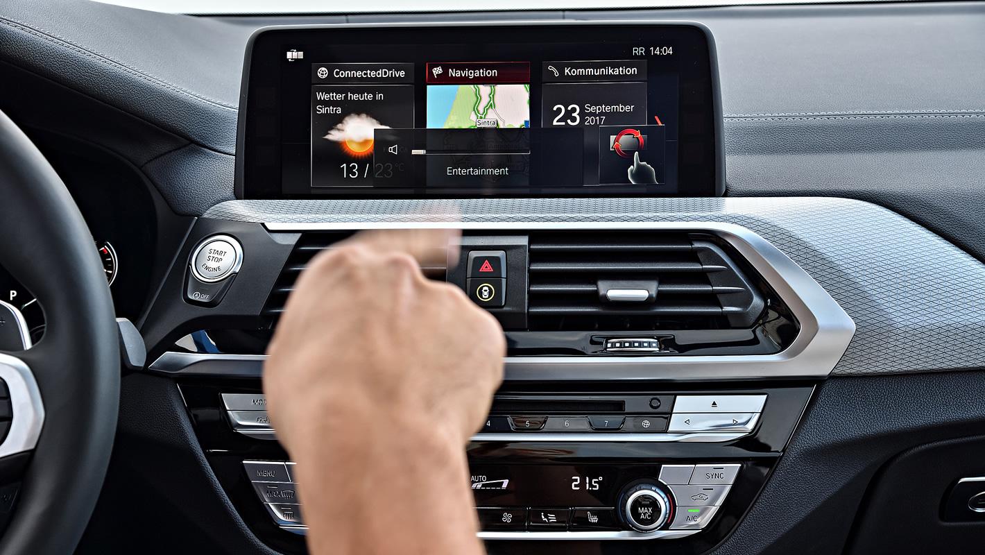Obsługa gestami interfejsu w BMW X3