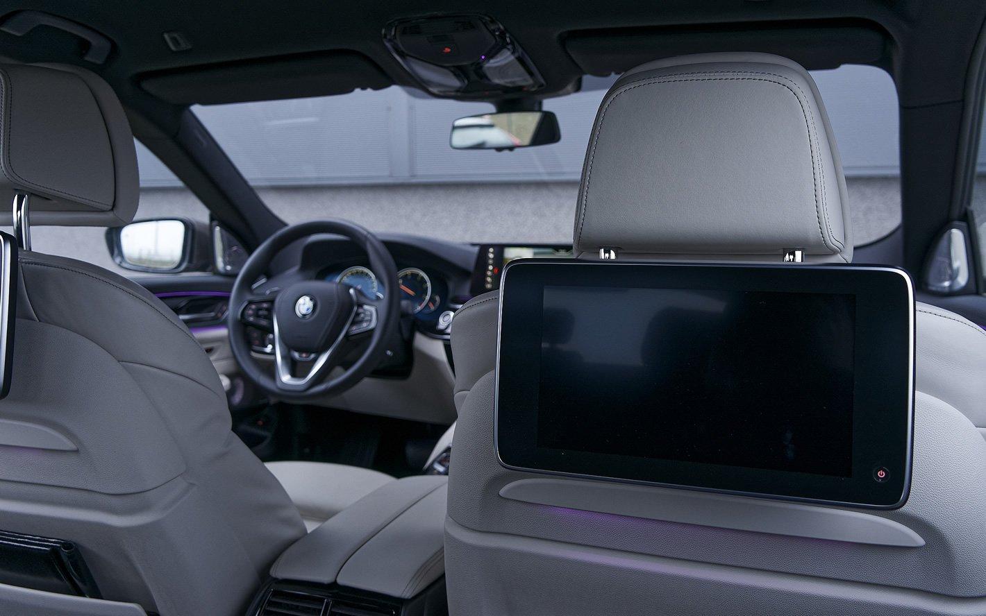 BMW Serii 6 Gran Turismo - z tylnego siedzenia
