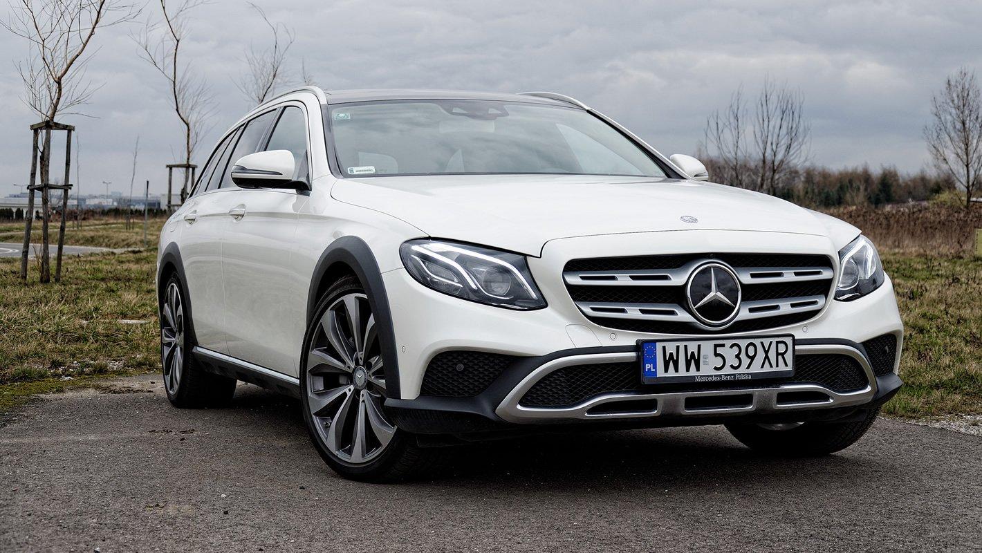 Mercedes-Benz Klasy E 4Matic All-Terrain z przodu
