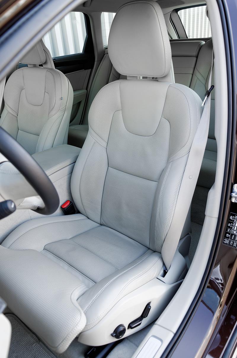 Volvo V90 Cross Country AWD fotel kierowcy