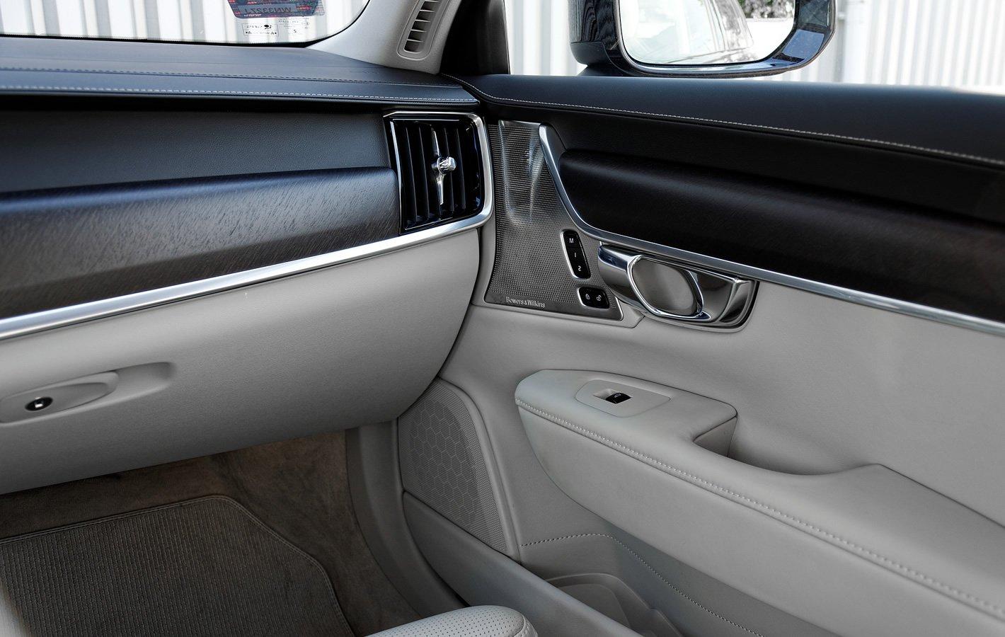 Volvo V90 Cross Country AWD jakość wykonania