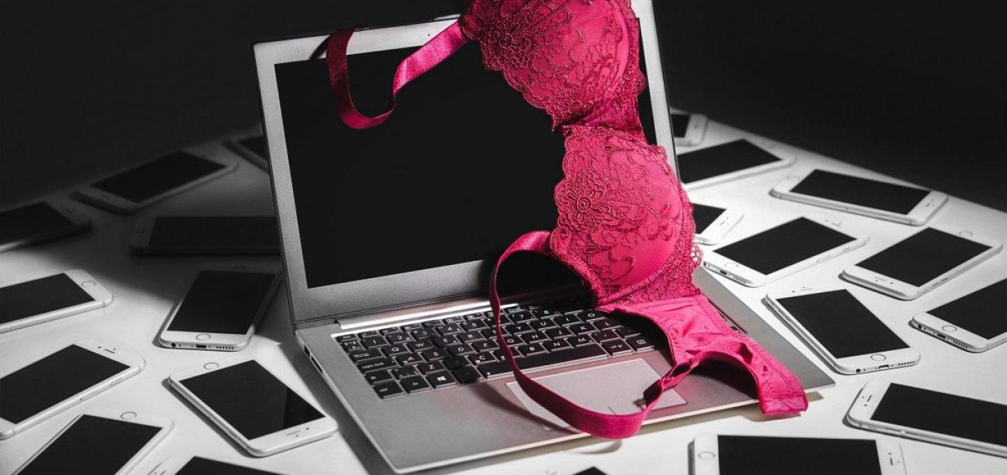 starbucks blokuje pornografie