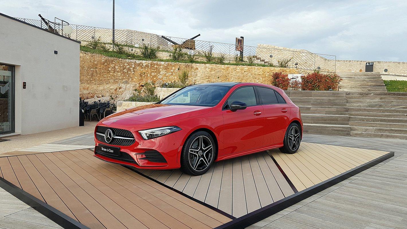 Mercedes-Benz Klasy A czerwony