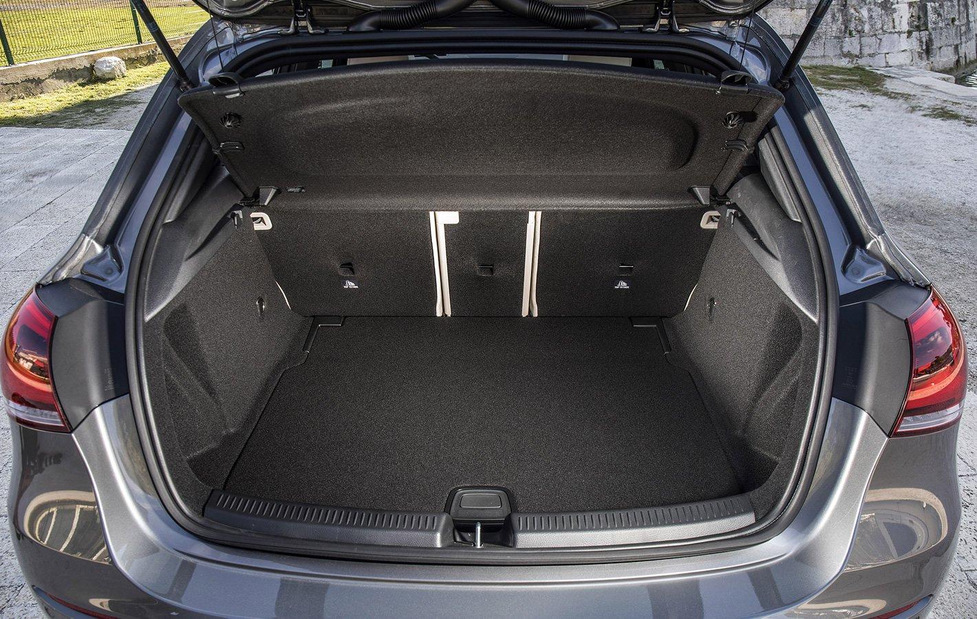 Mercedes-Benz Klasy A - bagażnik