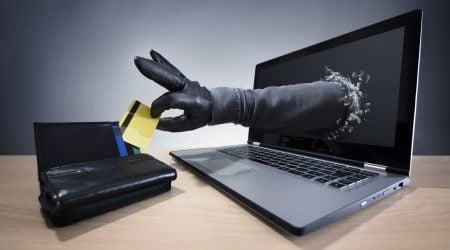 kradzież pieniędzy z konta przez dostęp internetowy
