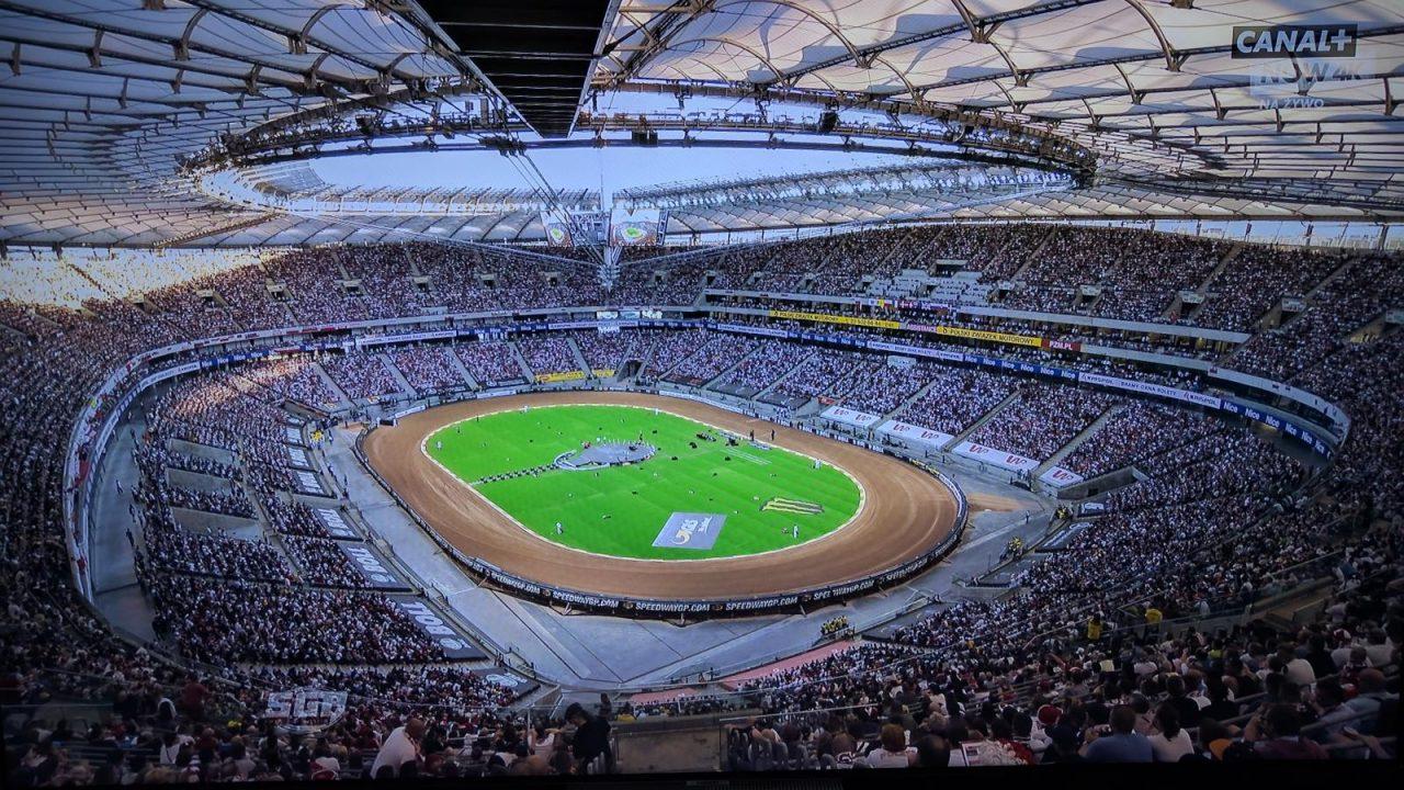transmisja meczu piłki nożnej w 4k