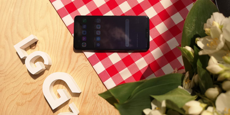 smartfon LG G7 ThinQ
