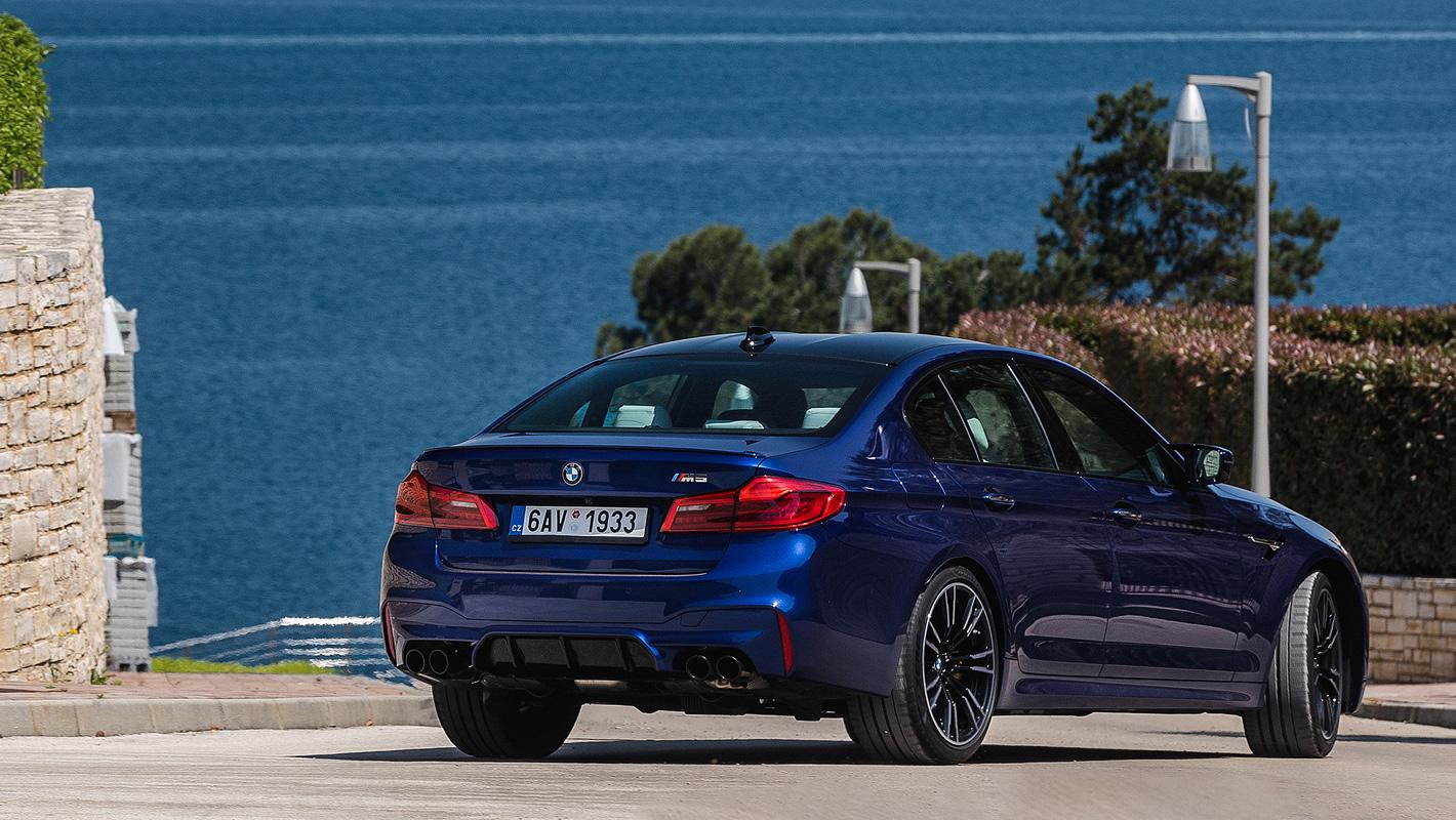 BMW M5 - specjalny pakiet aerodynamiczny