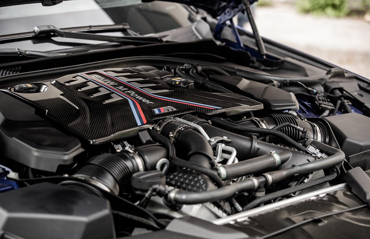 BMW M5 - silnik V8 o pojemności 4.4 l