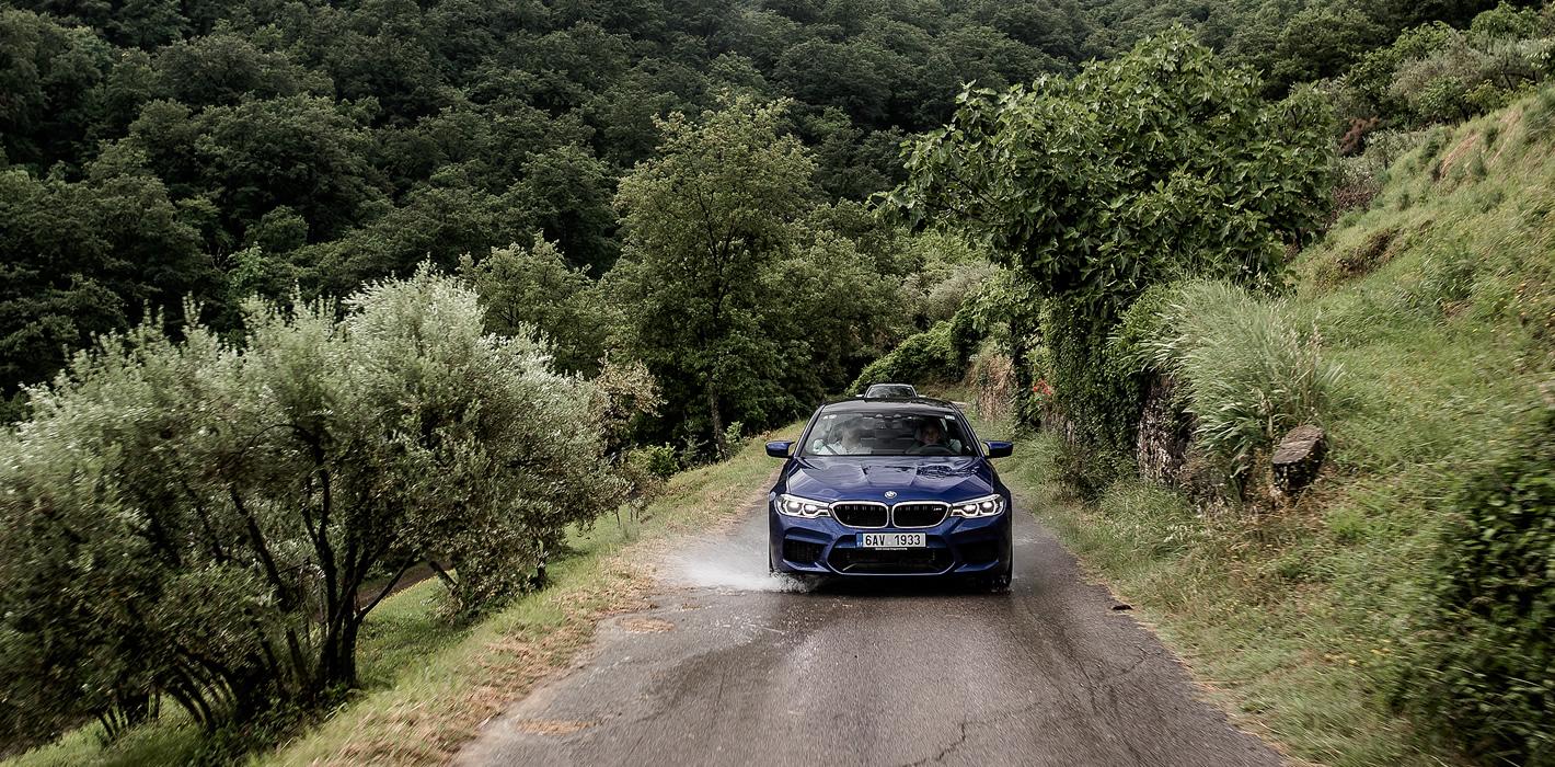 BMW M5 - zawieszenie jest sztywne