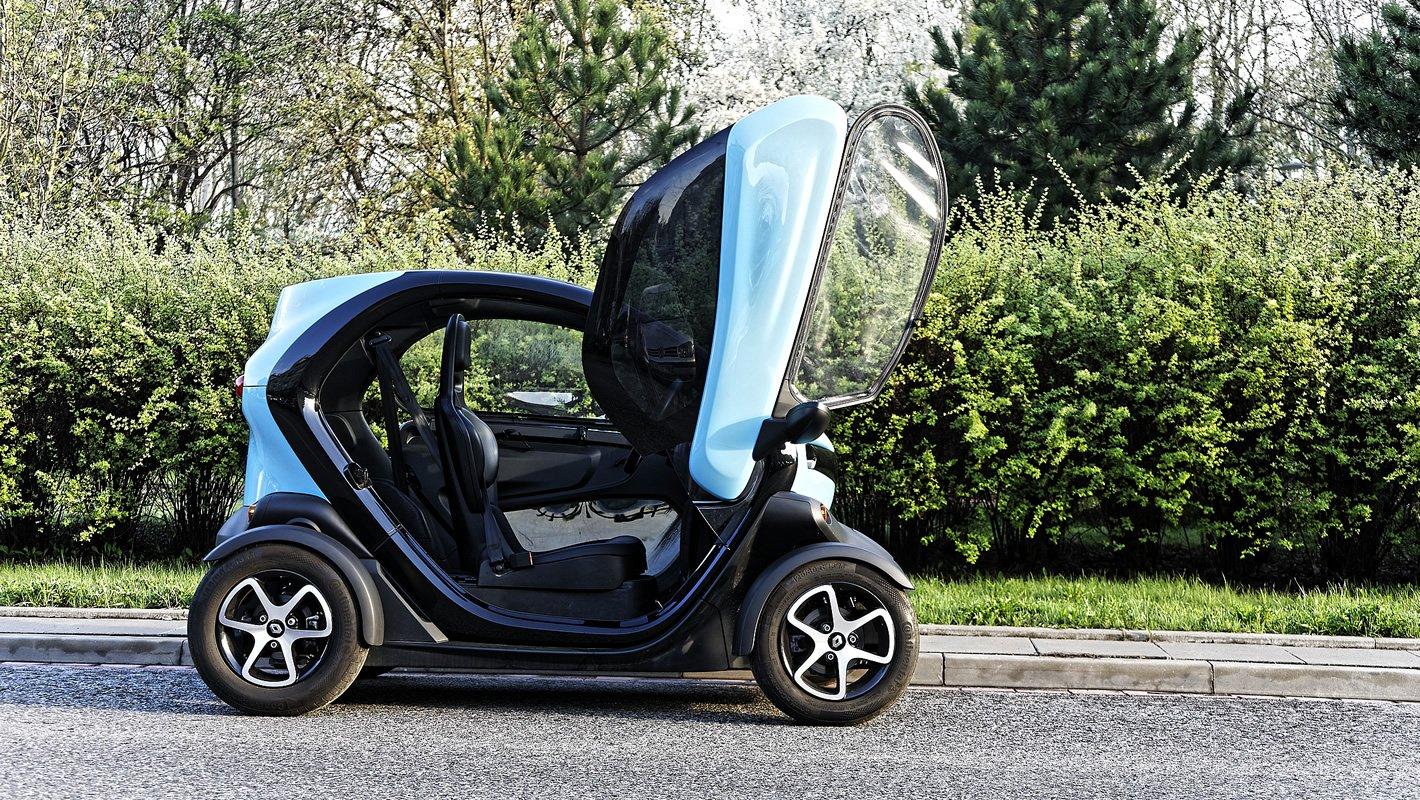 Renault Twizy - drzwi otwierane do góry