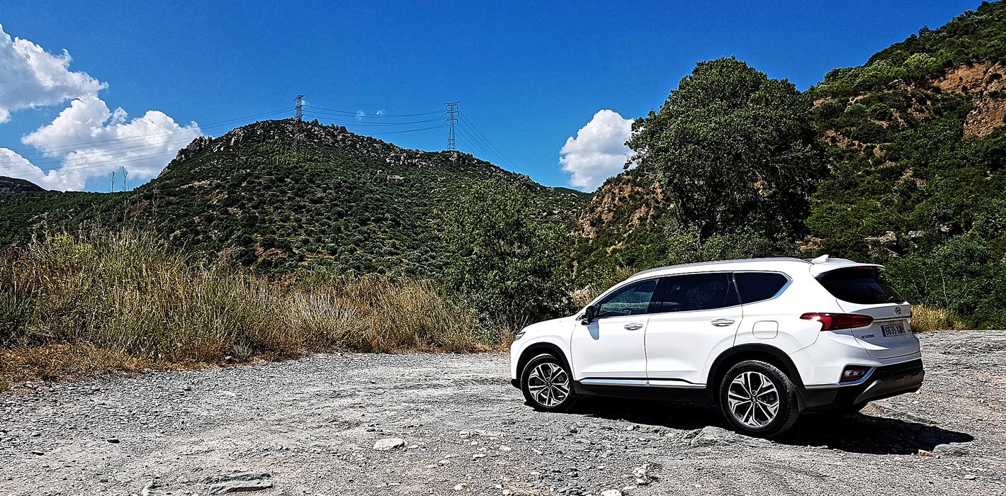 Hyundai Santa Fe 2019 w kolorze białym