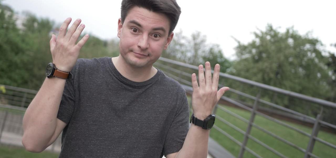 zegarek hybrydowy vs smartwatch