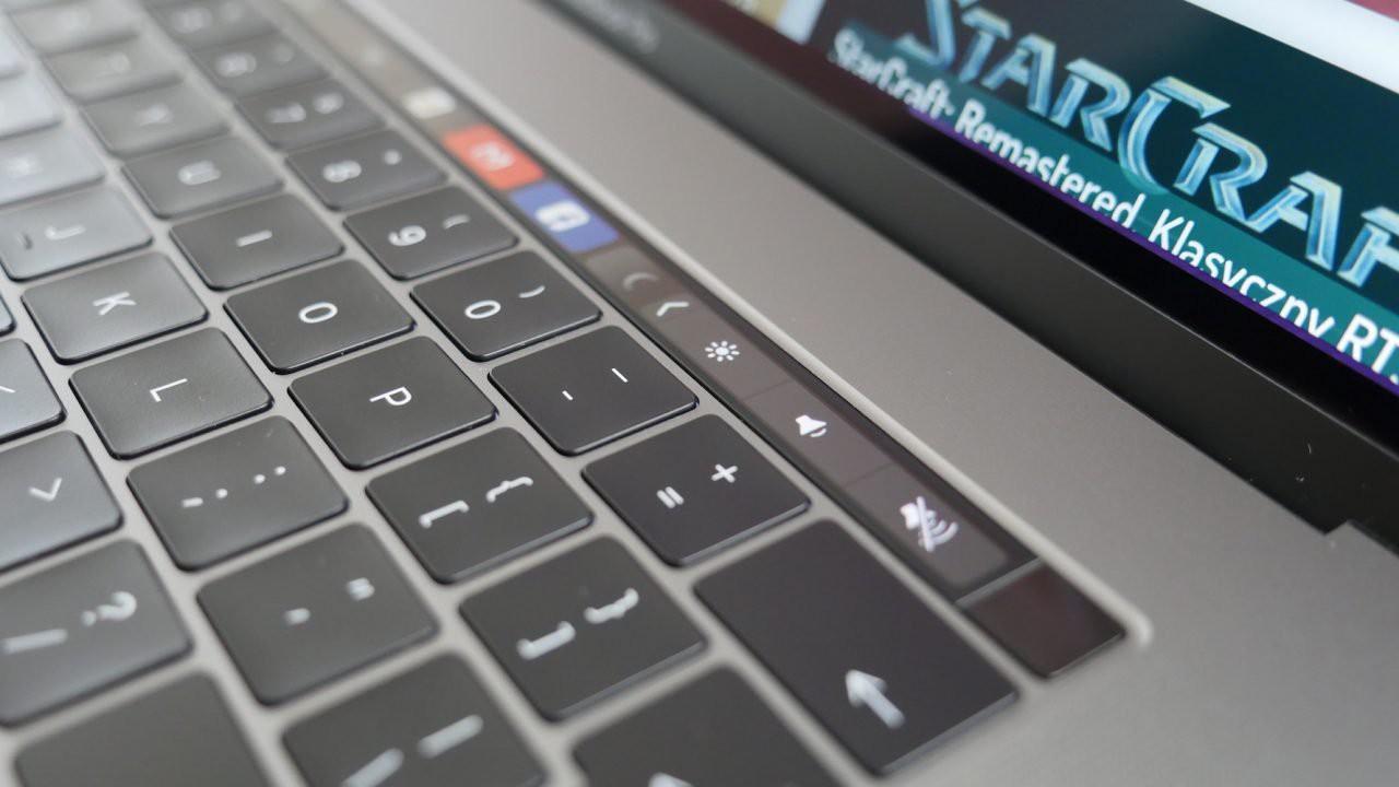 MacBook Pro 2018 klawiatura