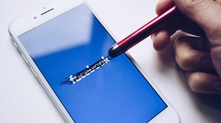 facebook pomoże uniknąć spoilerów