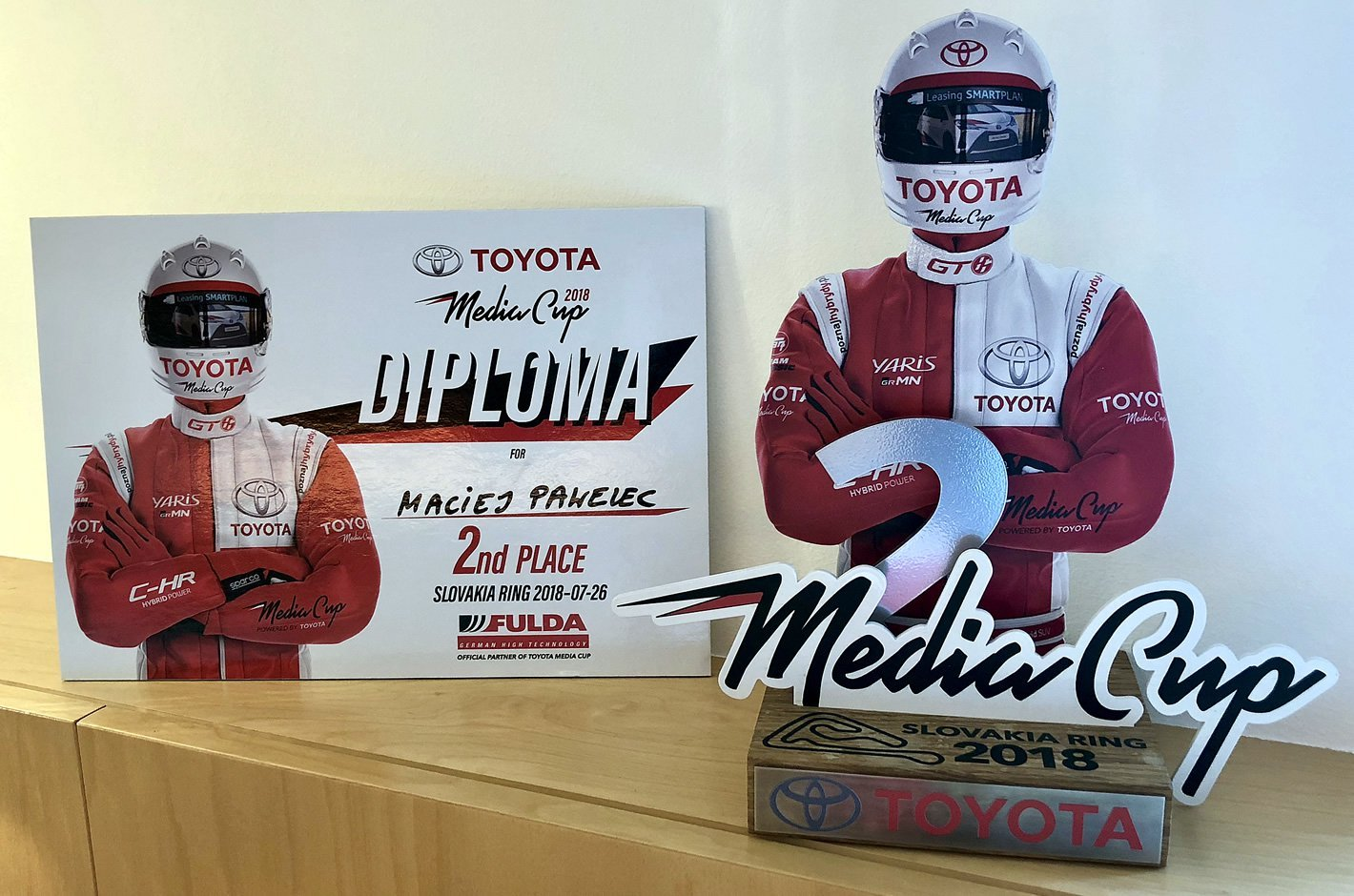 Toyota Media Cup Race Challenge - puchar i dyplom