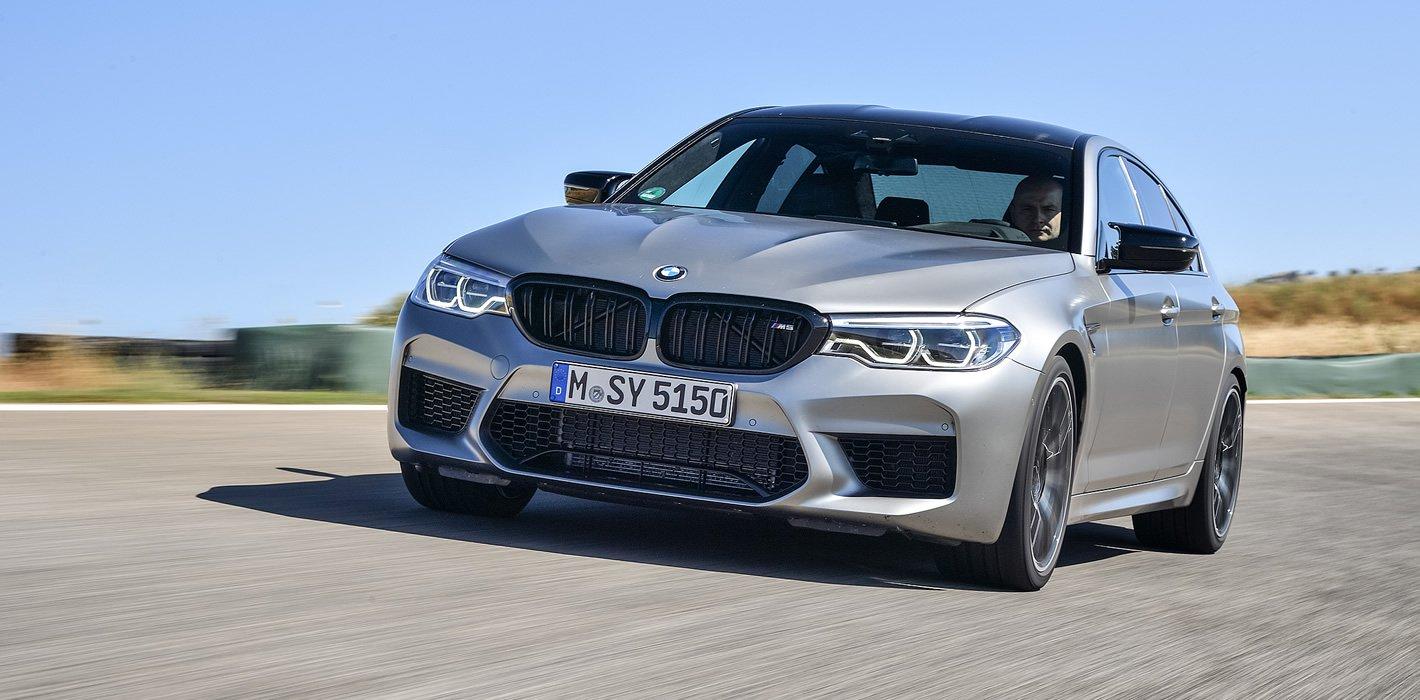 BMW M5 Competition na torze wyścigowym