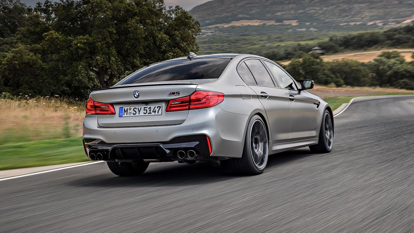 BMW M5 Competition - wysoka przyczepność na zakrętach