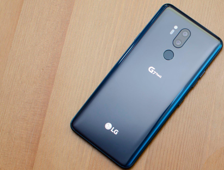 LG G7 aparat niebieski blue