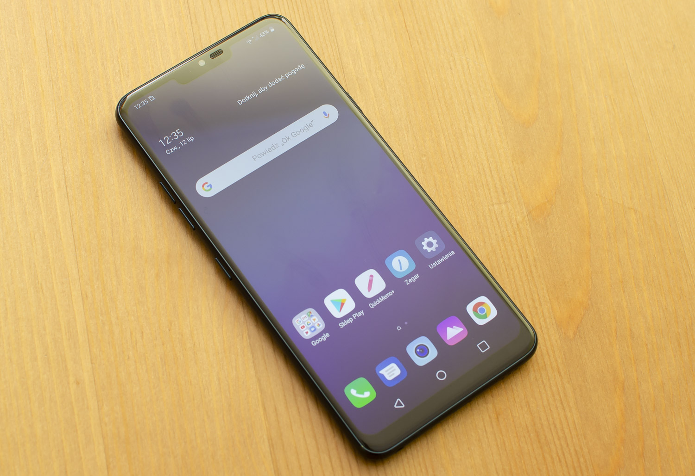 LG G7 smartfon ekran